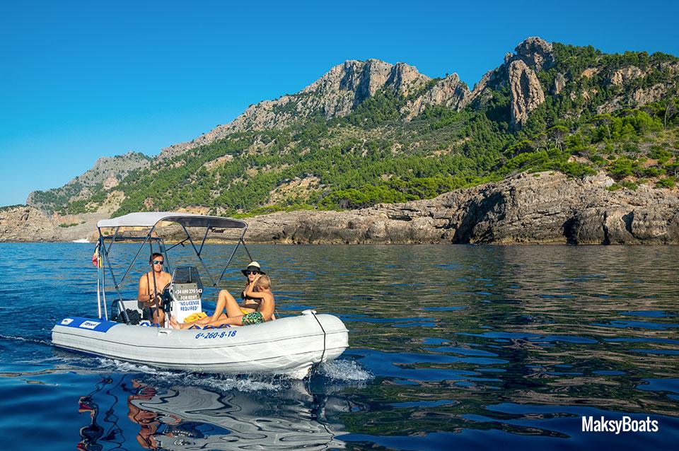 rib-tarpon-470-boat-hire-no-license-port-soller-mallorca-02