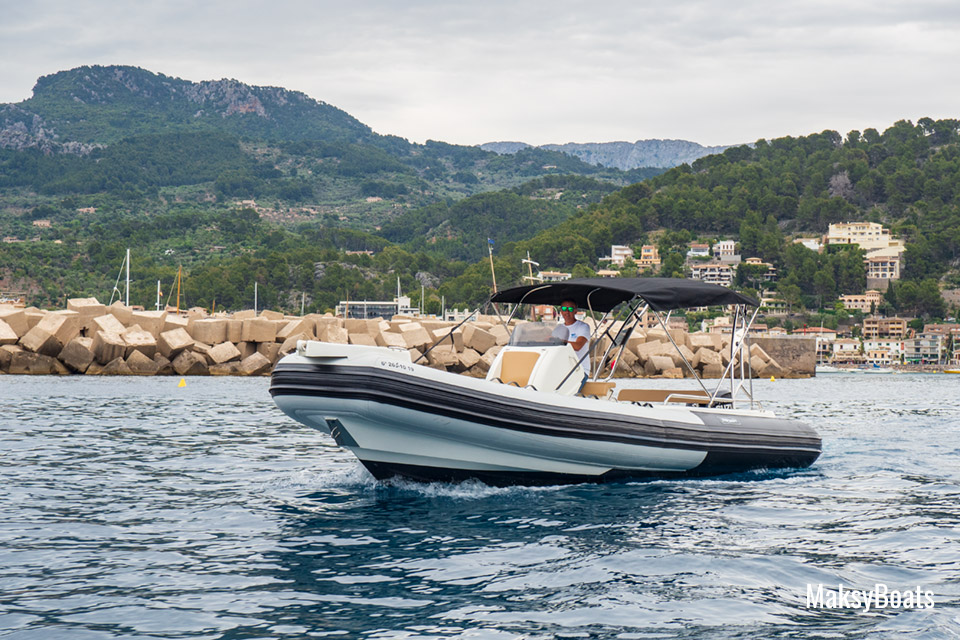 Boat Hire with license Tarpon 790 Luxe in Port de Sóller, Mallorca
